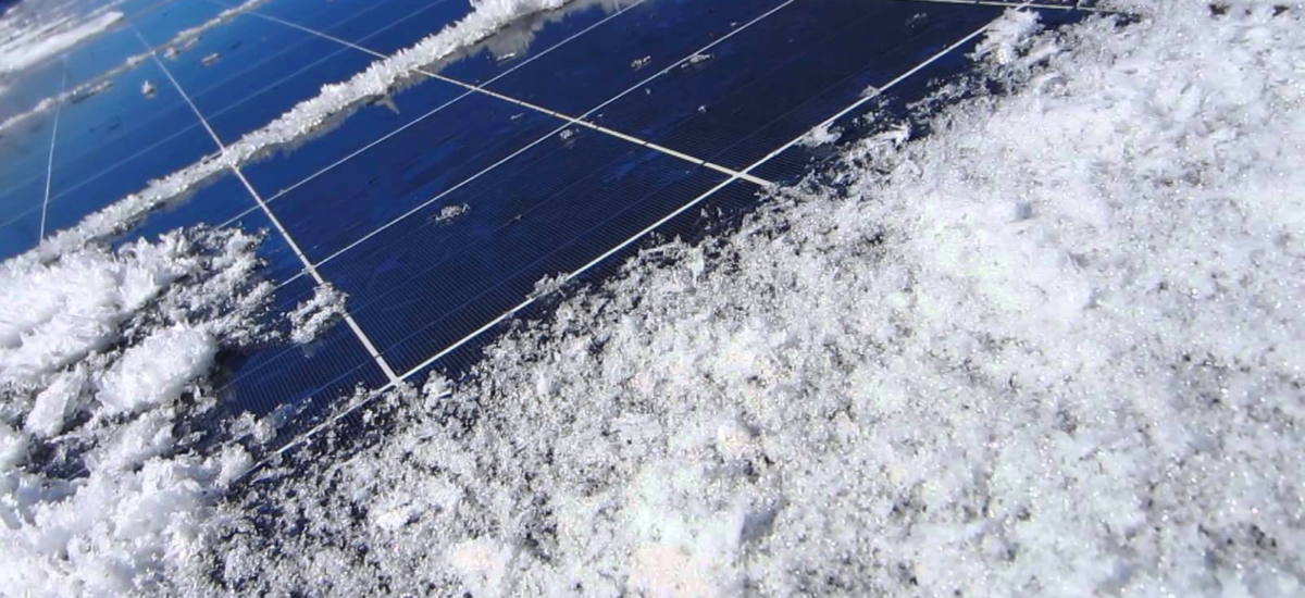 How does snow fall affect energy output?